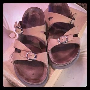 Mephisto brand Size 7 leather sandals